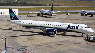 A picture of PSAEC - Embraer E195E2 - Azul Linhas Aereas - © Gabriel Wallace