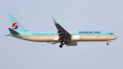 HL8273 - Boeing 737-9B5ER - Korean Air