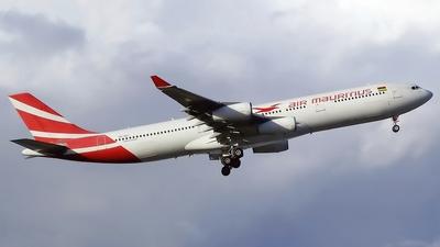 3B-NAY - Airbus A340-313 - Air Mauritius