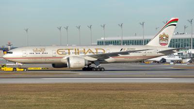 A6-LRA - Boeing 777-237LR - Etihad Airways