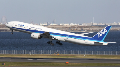 A picture of JA754A - Boeing 777381 - All Nippon Airways - © Daisuke
