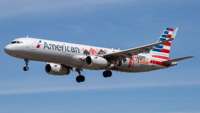 A picture of N162AA - Airbus A321231 - American Airlines - © John Marzo