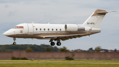 SX-KFA - Bombardier CL-600-2B16 Challenger 604 - Kuwait - Government