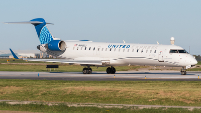 A picture of N548GJ - Mitsubishi CRJ550 - United Airlines - © Will Dubuc