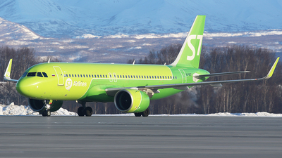 A picture of VQBGT - Airbus A320271N - S7 Airlines - © BizavMen