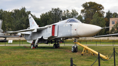 09 - Sukhoi Su-24M Fencer - Russia - Air Force