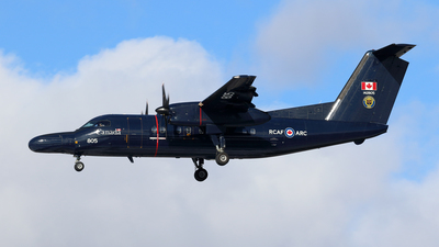 142805 - Bombardier CT-142 Dash 8 - Canada - Royal Air Force