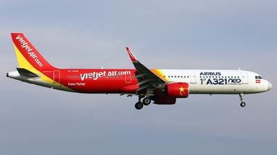 A picture of VNA646 - Airbus A321271N - VietJet Air - © nguyen tan khai