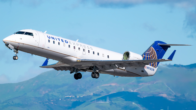 A picture of N916SW - Bombardier CRJ200ER - United Airlines - © Ricky Teteris
