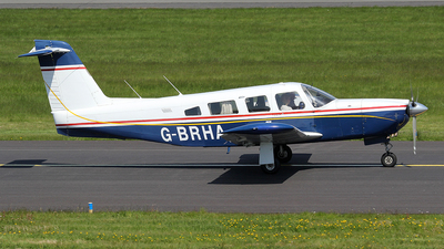 G-BRHA - Piper PA-32RT-300 Lance II - Private
