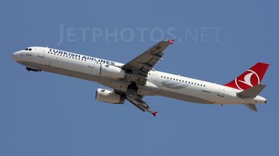 TC-JSE - Airbus A321-231 - Turkish Airlines