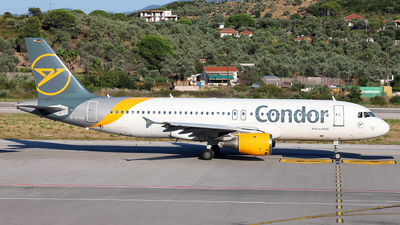 A picture of DATCH - Airbus A320212 - Condor - © Dave Potter