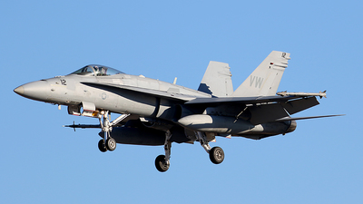 164240 - McDonnell Douglas F/A-18C Hornet - United States - US Navy (USN)