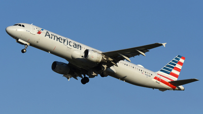 A picture of N182UW - Airbus A321211 - American Airlines - © DJ Reed - OPShots Photo Team