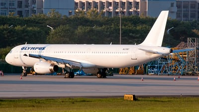 HL7767 - Airbus A321-131 - Olympus Airways