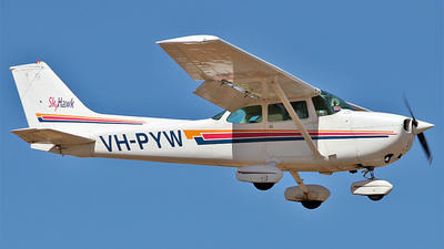 A picture of VHPYW - Cessna 172N Skyhawk - [17270110] - © Daniel Tanner