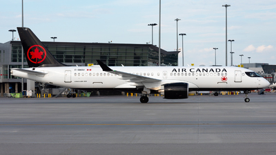 A picture of CGNGV - Airbus A220300 - Air Canada - © Kevin Sung