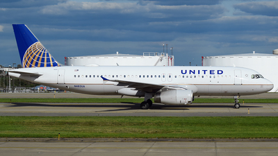 A picture of N483UA - Airbus A320232 - United Airlines - © Evan Dougherty