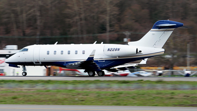N228N - Bombardier BD-100-1A10 Challenger 300 - Private