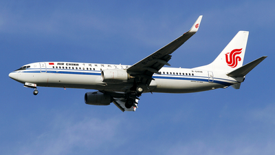 A picture of B6498 - Boeing 73789L - Air China - © wangpaul