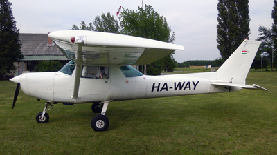 HA-WAY - Cessna 152 - Private
