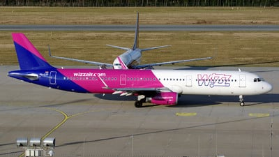 HA-LXP - Airbus A321-231 - Wizz Air