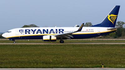 A picture of SPRSV - Boeing 7378AS - Ryanair - © Chris Jilli