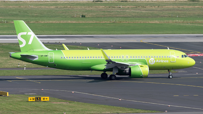 A picture of VPBWT - Airbus A320271N - S7 Airlines - © Sebastian Thiel