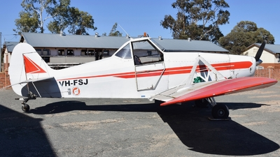 VH-FSJ - Piper PA-25-235 Pawnee - Gliding Club of Western Australia