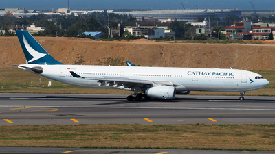 B-LAR - Airbus A330-343 - Cathay Pacific Airways