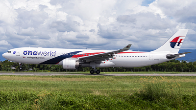 A picture of 9MMTO - Airbus A330323 - Malaysia Airlines - © KSAviation