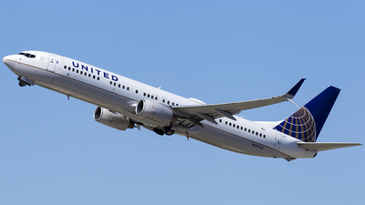 N37413 - Boeing 737-924ER - United Airlines