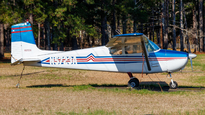 N5723A - Cessna 172 Skyhawk - Private