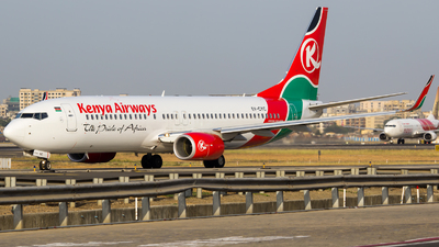 5Y-CYC - Boeing 737-86N - Kenya Airways