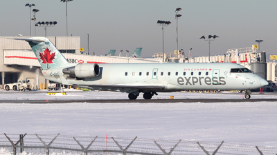 A picture of CGOJA - Mitsubishi CRJ200ER - Air Canada - © Guy Langlois