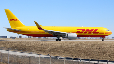 A picture of N284DH - Boeing 767304(ER)(BDSF) - DHL - © Leige Yang