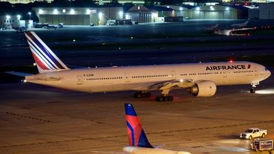 F-GZNP - Boeing 777-328ER - Air France