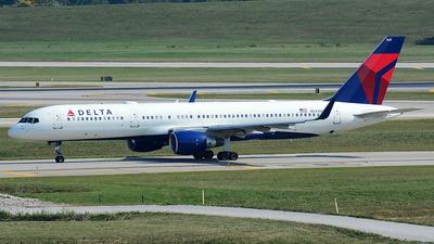 N541US - Boeing 757-251 - Delta Air Lines