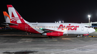 A picture of YV2794 - Boeing 737232(A) - Avior Airlines - © Tiago Quirino
