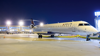 A picture of N820SK - Mitsubishi CRJ900LR - Delta Air Lines - © Stephen J Stein