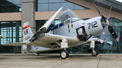132534 - Douglas EA-1F Skyraider - Private