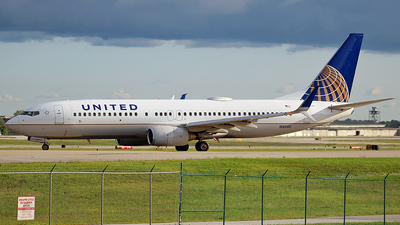 A picture of N14240 - Boeing 737824 - United Airlines - © Chrisjake - OPShots photo team
