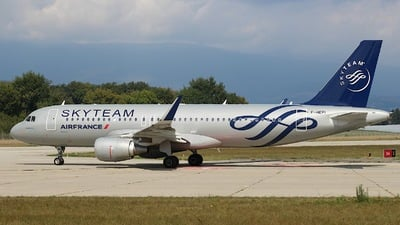 F-HEPI - Airbus A320-214 - Air France