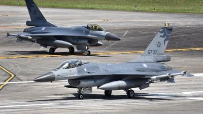 6707 - General Dynamics F-16A Fighting Falcon - Taiwan - Air Force