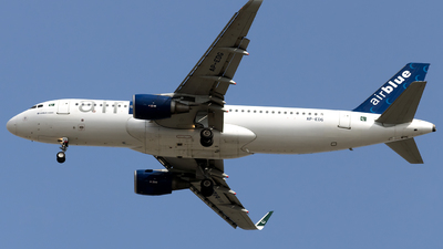 A picture of APEDG - Airbus A320214 - AirBlue - © Salman Tareen.