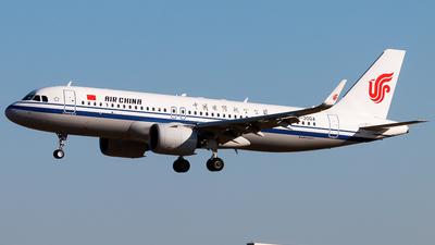 B-30DA - Airbus A320-271N - Air China