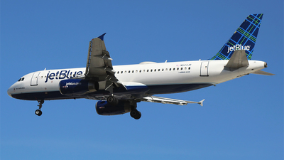 A picture of N523JB - Airbus A320232 - JetBlue Airways - © Alejandro Aceves