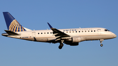 A picture of N631RW - Embraer E170SE - United Airlines - © Scott Kerhaert