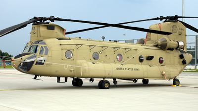 13-08432 - Boeing CH-47F Chinook - United States - US Army