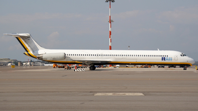 I-DAVB - McDonnell Douglas MD-82 - ItAli Airlines